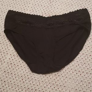 COPY - NWOT Black Warners Hipster Underwear